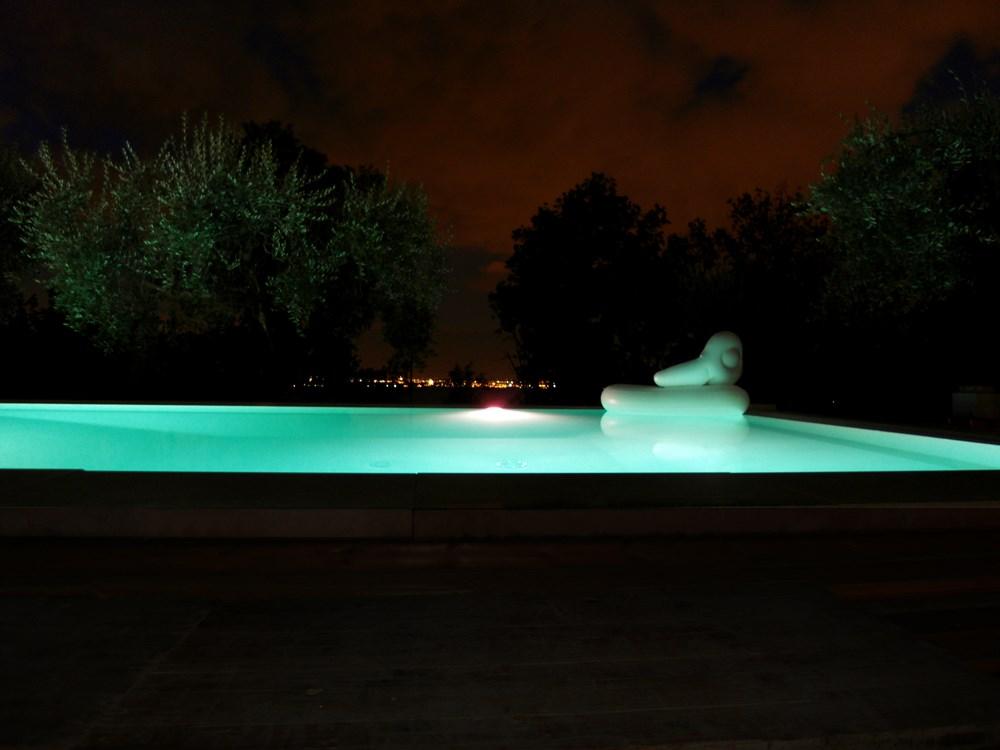 Illuminazione led per piscine a colori mantova brescia cremona